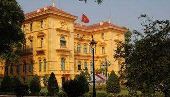 lightbox_Vietnam_Hanoi__ehemaliger_Amtssitz_des_Gouverneurs_von_Tongkin